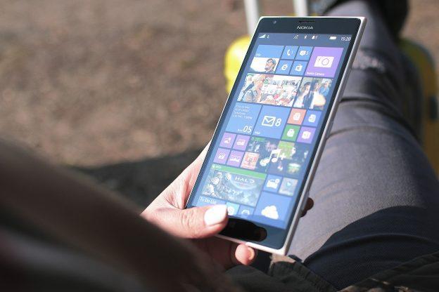3 consejos para limpiar la pantalla de tu móvil