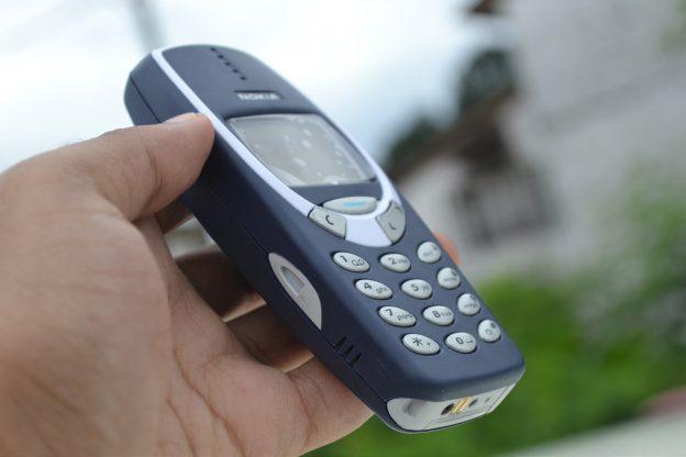 ¿Podrás reparar el Nokia 3310 nuevo vintage?
