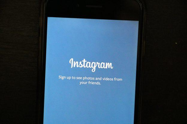 Cómo descargar vídeos de redes sociales en iPhone