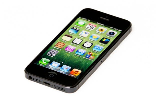 Apple va a dejar desactivar la ralentización de iPhone con batería antigua