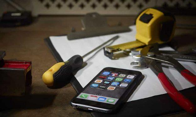Las mejores herramientas para reparar smartphones